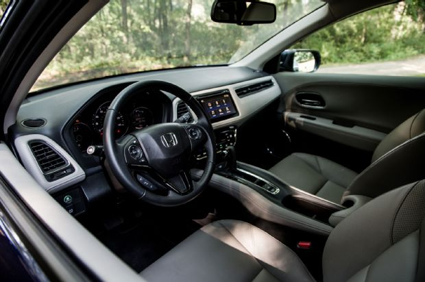 2016 Honda HR V AWD EX L Cabin