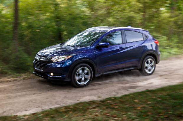 2016 Honda HR V AWD EX L Front Three Quarter In Motion