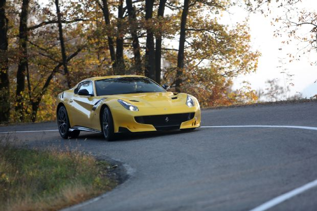 Ferrari F12tdf Front End In Motion 16
